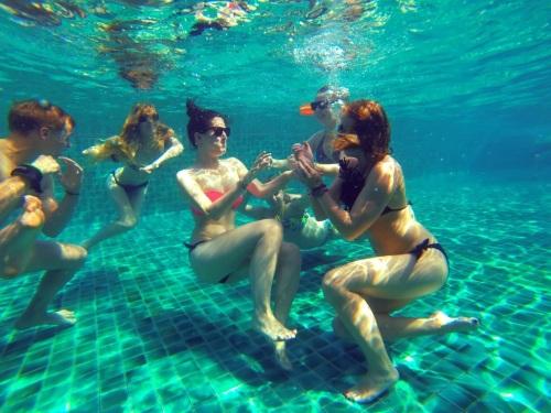 Underwater rumble!