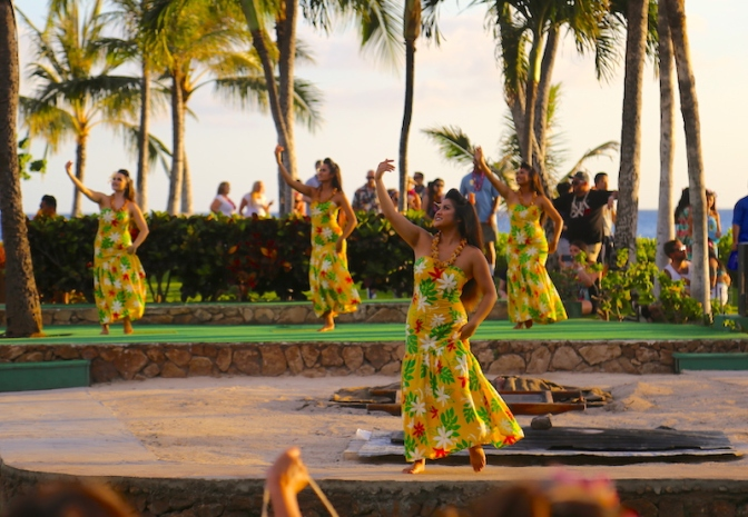 A Hawaiian Style Send-Off At The Paradise Cove Luau